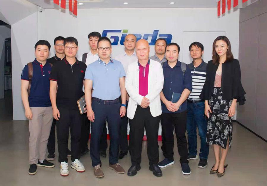 走进深圳商显企业|2021年全国智慧商显